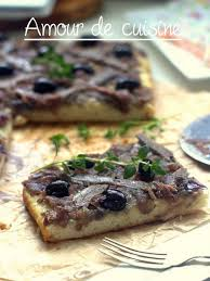 cuisiner des oignons recette de pissaladière facile aux anchois