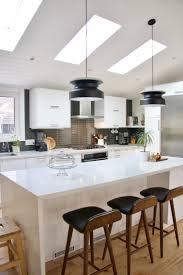 pinterest kitchen island best 25 waterfall island ideas on pinterest kitchen island quartz