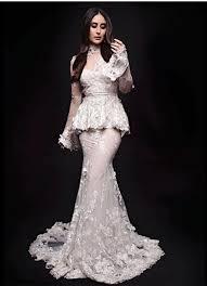 sexey wedding dresses kareena kapoor khan hot and photos kareena kapoor khan hot