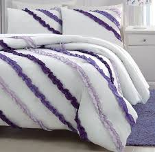 Ruffled Comforter Best 25 Ruffled Comforter Ideas On Pinterest White Ruffle