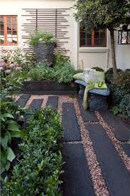amazing courtyard landscaping courtyard landscape ideas beautiful best 25 courtyard landscaping ideas on patio