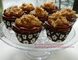 sugar spice and spilled milk german chocolate cupcakes