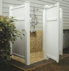 outdoor shower robynhoganhomedesign robyn hogan home design