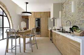 cuisine bois gris moderne deco cuisine bois clair 2018 et kitchens id deco cuisine bois