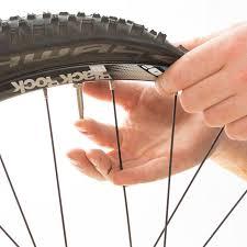 changer chambre à air vélo course changer une chambre à air alltricks