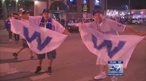 Chicago Cubs Flags History Behind The Chicago Cubs U0027w U0027 Flag Abc7chicago Com