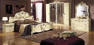 chambre style baroque 41 idées déco de chambre baroque entre luxe et