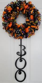 Halloween Wreath Ideas Front Door 768 Best Wreaths Images On Pinterest Holiday Wreaths Diy And