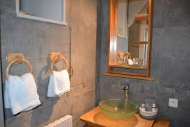 salle d eau chambre salle d eau chambre baron château de peufeilhoux château de