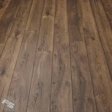 Oak Laminate Flooring Villa Peterson Oak Laminate Flooring Flooring Superstore