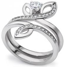 www preciousplatinum in two to be different engagement rings