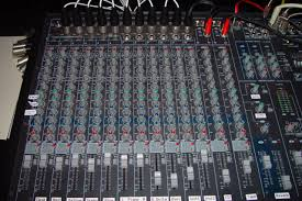 Sound Desk File Twelve Channel Mixing Desk Jpg Wikimedia Commons