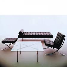 Canape Florence Knoll Barcelona Day Bed Barcelona Table And Barcelona Chair By Ludwig