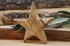 weihnachtsdekoration aus holz 30 ideen für weihnachtsdeko aus holz und basteltipps
