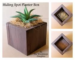 manchette cache pot vase pour plante grasse avec cachette secrète tache