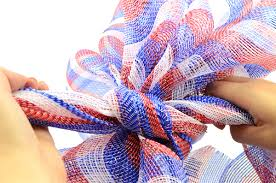 mardi gras outlet deco mesh party ideas by mardi gras outlet patriotic bow tutorial with