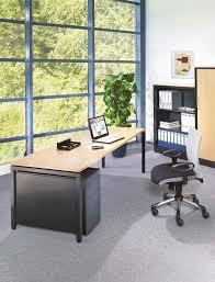 Schreibtisch 3 Meter Schreibtische Container Und Stühle Pdf