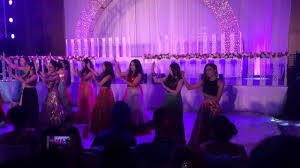 bride u0027s sister u0027s friends dance punjabi wedding song dance youtube
