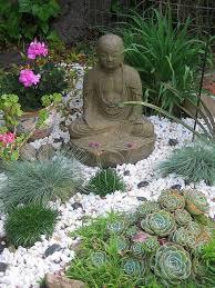 decorate zen garden in simple and original interior design decor