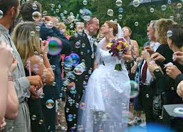wedding bubbles using bubbles in a wedding ceremony