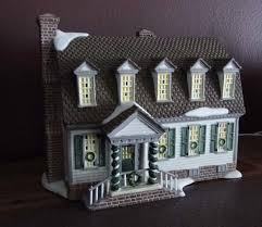 for the past dept 56 the colonial williamsburg lighted