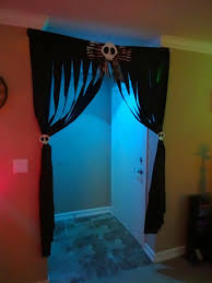 halloween string lights and netting page one halloween wikii doorway nightmare before christmas party halloween fun