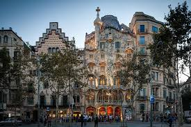 the ultimate guide to studying abroad in spain goeuro