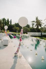 pool party decorations and tips for a chic event