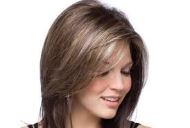 short hair for round faces in their 40s 5 thick layered hairstyles for women in their 40 s to look