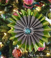 amazing ornaments made from wrapping paper homemadeornaments