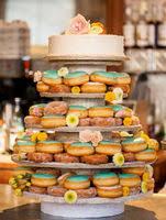 trending 10 doughnut wedding cake ideas