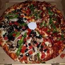 round table pizza rancho santa round table pizza closed 28 photos 50 reviews pizza 3953