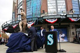 mariners unveil ken griffey jr statue outside safeco field