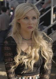hairstyles from nashville series scarlett s black lace long sleeve crop top on nashville love it