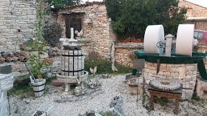 more than 10 000 stones for miniature replica of galižana istriago