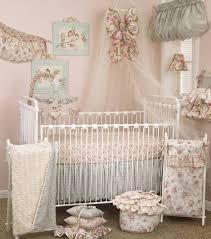chambre fille romantique decoration murale chambre bebe garcon 7 chambre bebe fille