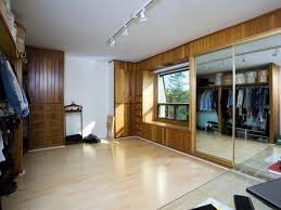 Design A Closet Converting A Walk In Closet Into A Divine Art Studio Hgtv