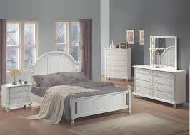 Bedrooms  Modern White Bedroom Furniture White Leather Bedroom - White high gloss bedroom furniture set