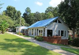 Lighthouse Lodge Cottages by Lighthouse Lodge Vrbo