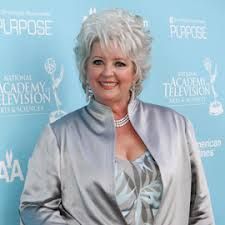 is paula deens hairstyle for thin hair paula deen is in the midst of quite a shitstorm after describing