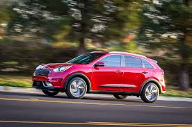build a kia 8 cool facts about the 2017 kia niro motor trend