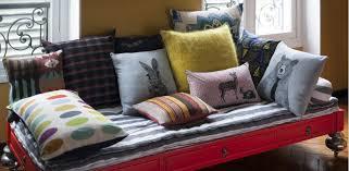 transformer lit en canapé intérieur déco
