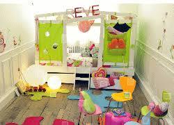 chambre enfant original chambre fille et lit cabane décorer meubler la chambre d une