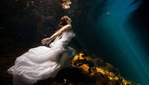 how to prepare for your underwater trash the dress