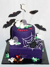 for a birthday a halloween cake in january the spider was