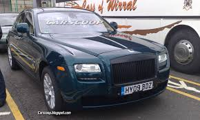 roll royce ghost rolls royce ghost high res photos of thinly disguised production
