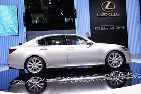 lexus gs 450h battery pack video meet the new lexus gs 450h hybrid automotorblog