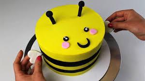 bumblebee cakes bert the bumblebee cake i chelsweets