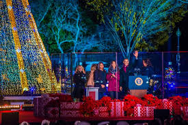 2017 national christmas tree lighting holidays in the white house first family traditions washington org