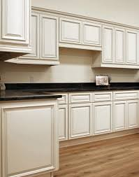 20 builders surplus kitchen bath cabinets builders surplus